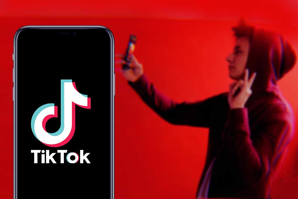 New Challenge on TikTok Puts Child in Danger